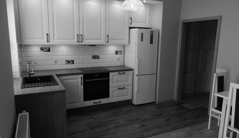 Wyposażona kuchnia: zmywarka, okap. lodówka, piekarnik + indukcja